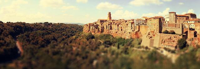 Panorama del borgo di Pitigliano